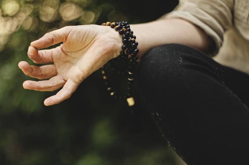 Tips-on-how-to-deal-with-stressful-situations-by-being-spiritual
