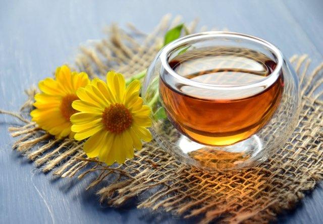 Weight-loss-friendly-foods-green-tea