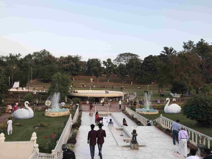 Lush-green-bauty-art-of-living-international-centre-Bangalore