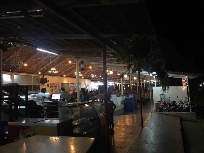 Art-of-living-international-centre-restaurant
